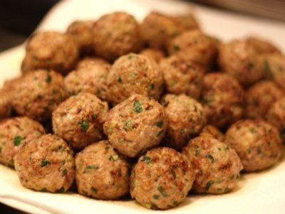 Chifteluțe din carne de pui, la cuptor