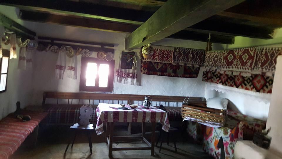 interior casa maramuresana2