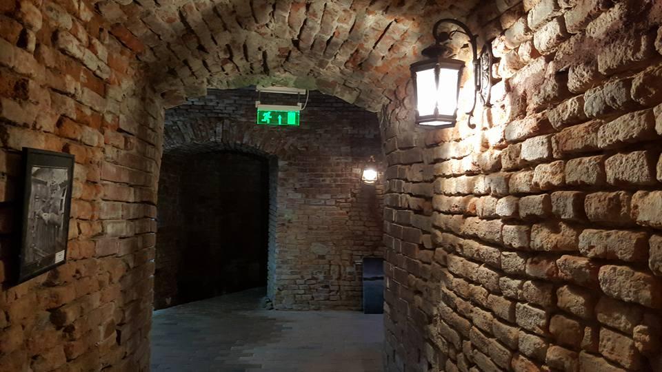 tunel cetate