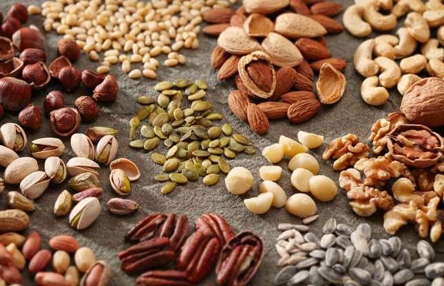 Nucile, fisticul și migdalele, super alimente pentru sănătate