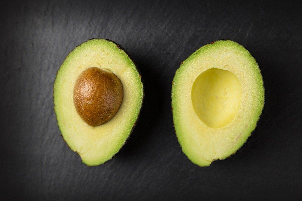 cum scapi de cearcăne cu avocado