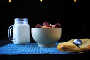 Alimente care conțin mai mult calciu decât laptele. Trebuie să le introduci in alimentația ta