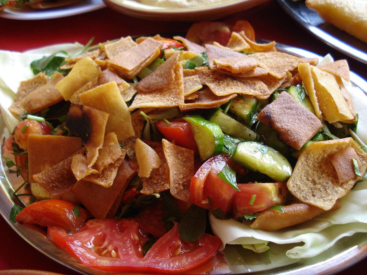 Salată libaneză Fatush
