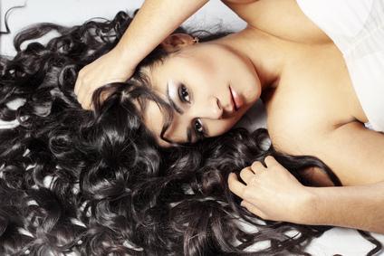 10 trucuri rapide pentru un păr îngrijit