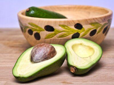 Cum sa prepari salata de avocado, rețetă de guacamole